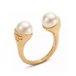 TORY BURCH • Gold Pearl Bud Logo Ring